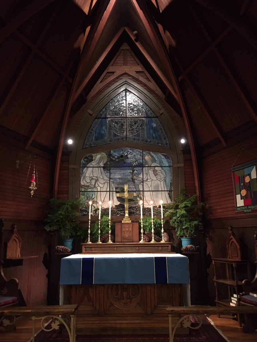 Christmas at the Inns 2019 - St. Mary's by-the-Sea Alter