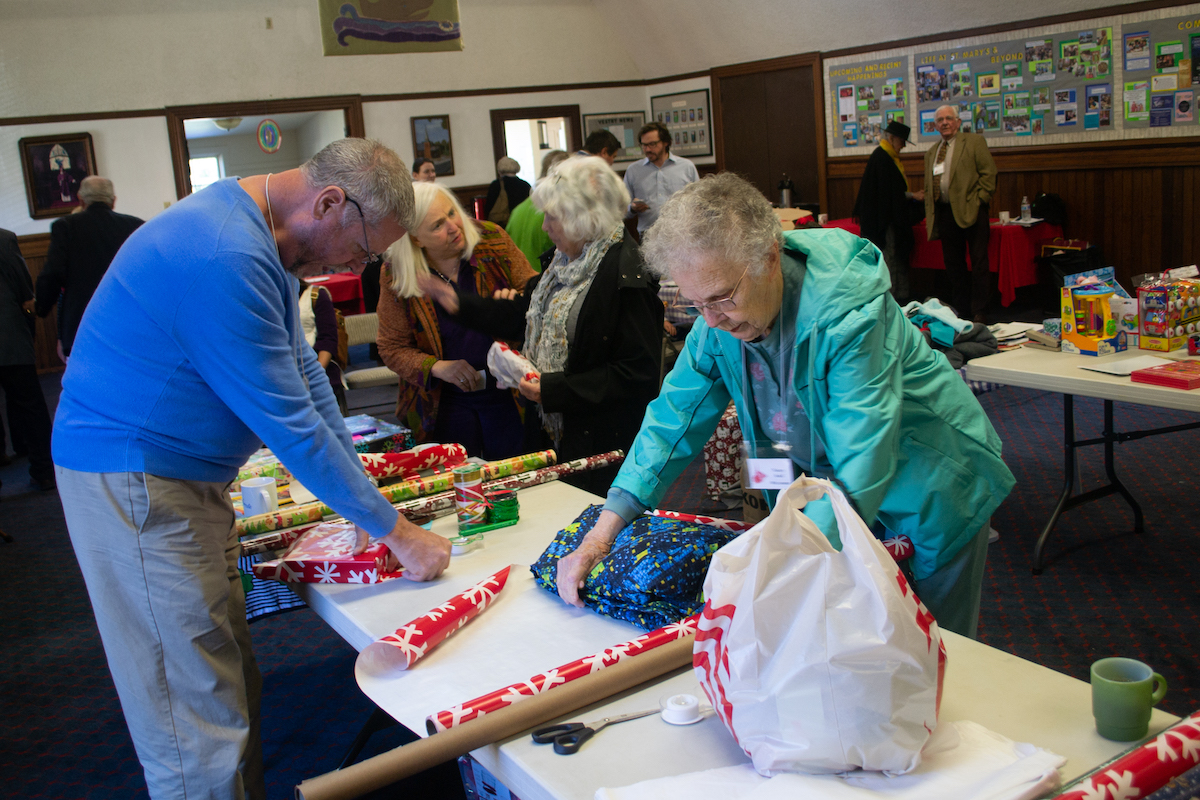 Parish Gift Wrapping 2019