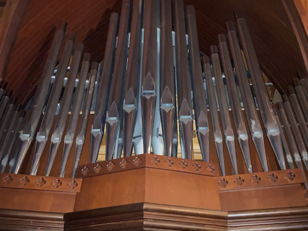 Organ at St. Mary's By-The-Sea in Pacific Grove, CA